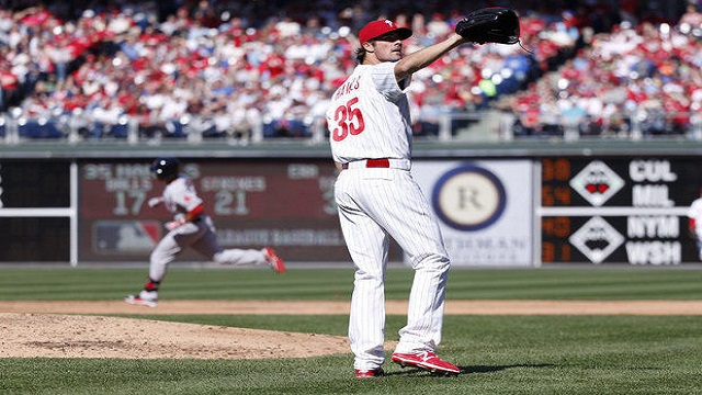 Cole Hamels struggled in the Opening Day loss for the Phillies.